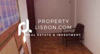 This commercial unit is an office and it holds a commercial license in Lisbon  – 27500€