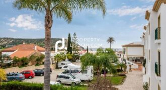 2 Bed Apartment in Praia da Luz Algarve – 249950€