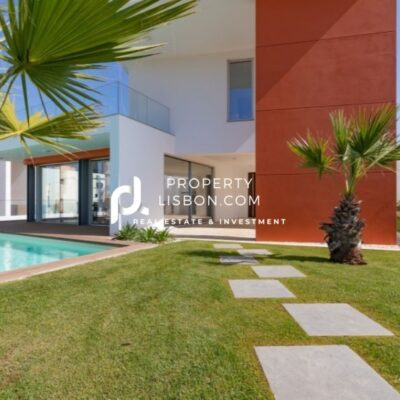 4 Bed TownHouse in Lourinhã Silver Coast – 559000€