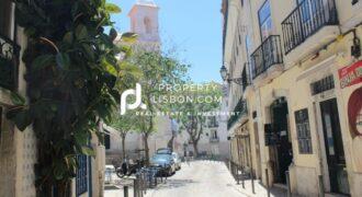 Recently renovated 2 bedroom apartment in Baixa Lisbon  – 350000€