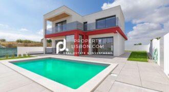 4 Bed TownHouse in Lourinhã Silver Coast – 450000€