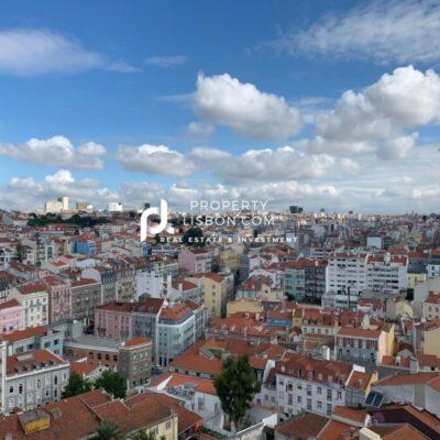 Lisbon Penthouse – Ideal as a Golden Visa Investment  – 545000€